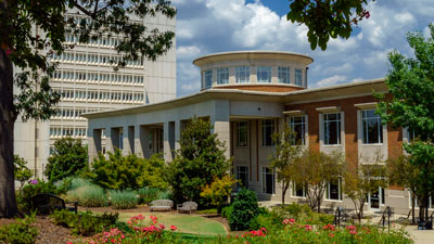 University of North Carolina–Greensboro, Elliott University Center